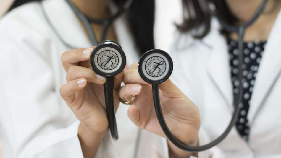 How often do nurses use stethoscopes