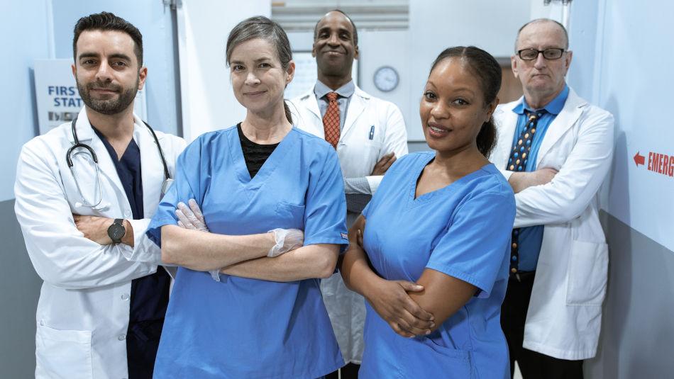 Can nurses wear any color scrubs